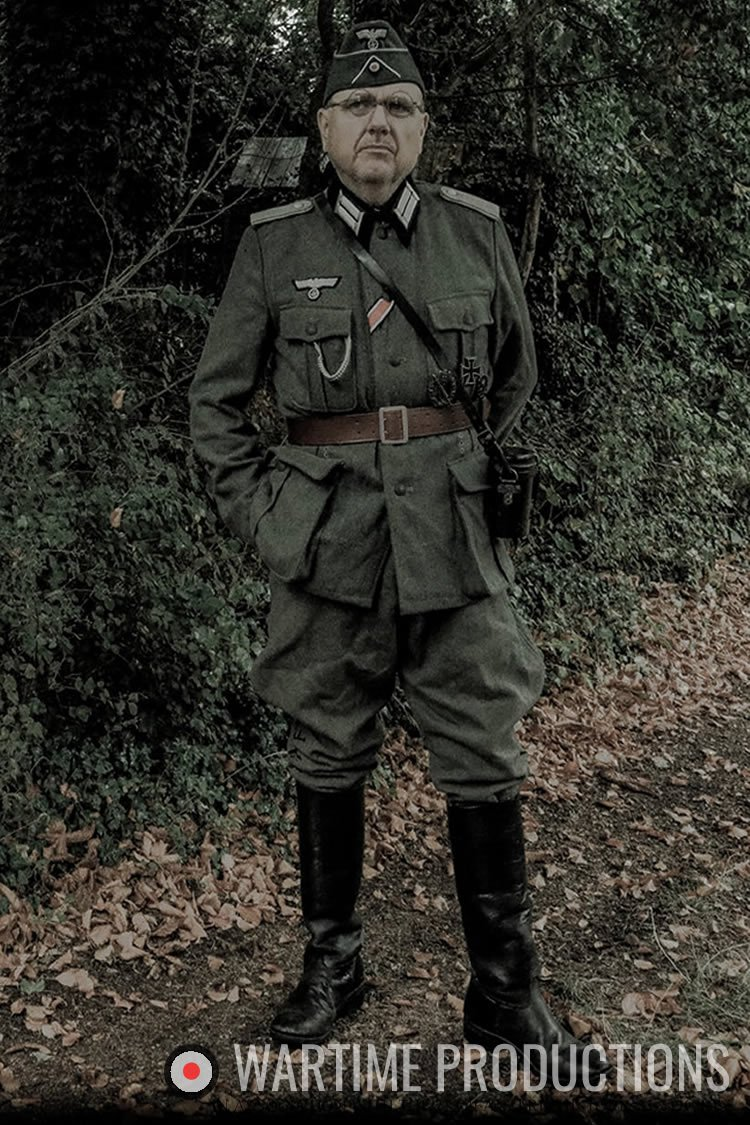 Early war officer 1940